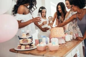 organiser une baby shower party